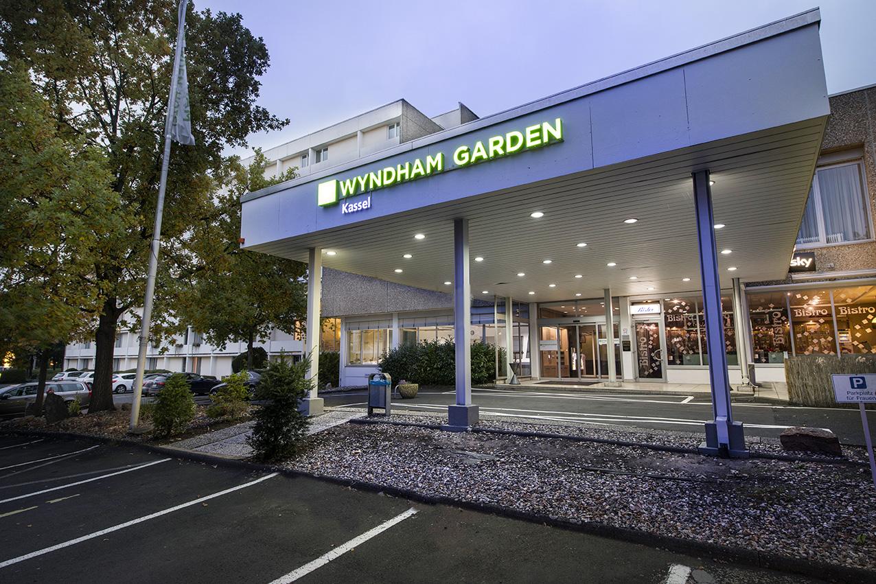 wyndham garden kassel hotel lage des hotels. Black Bedroom Furniture Sets. Home Design Ideas